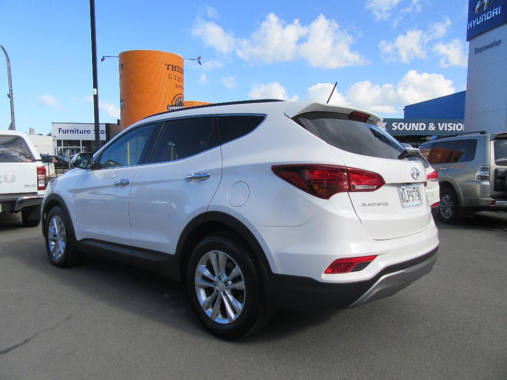 Used Hyundai 2017 Santa Fe 2 2 Diesel 7 Seater Awd Elite