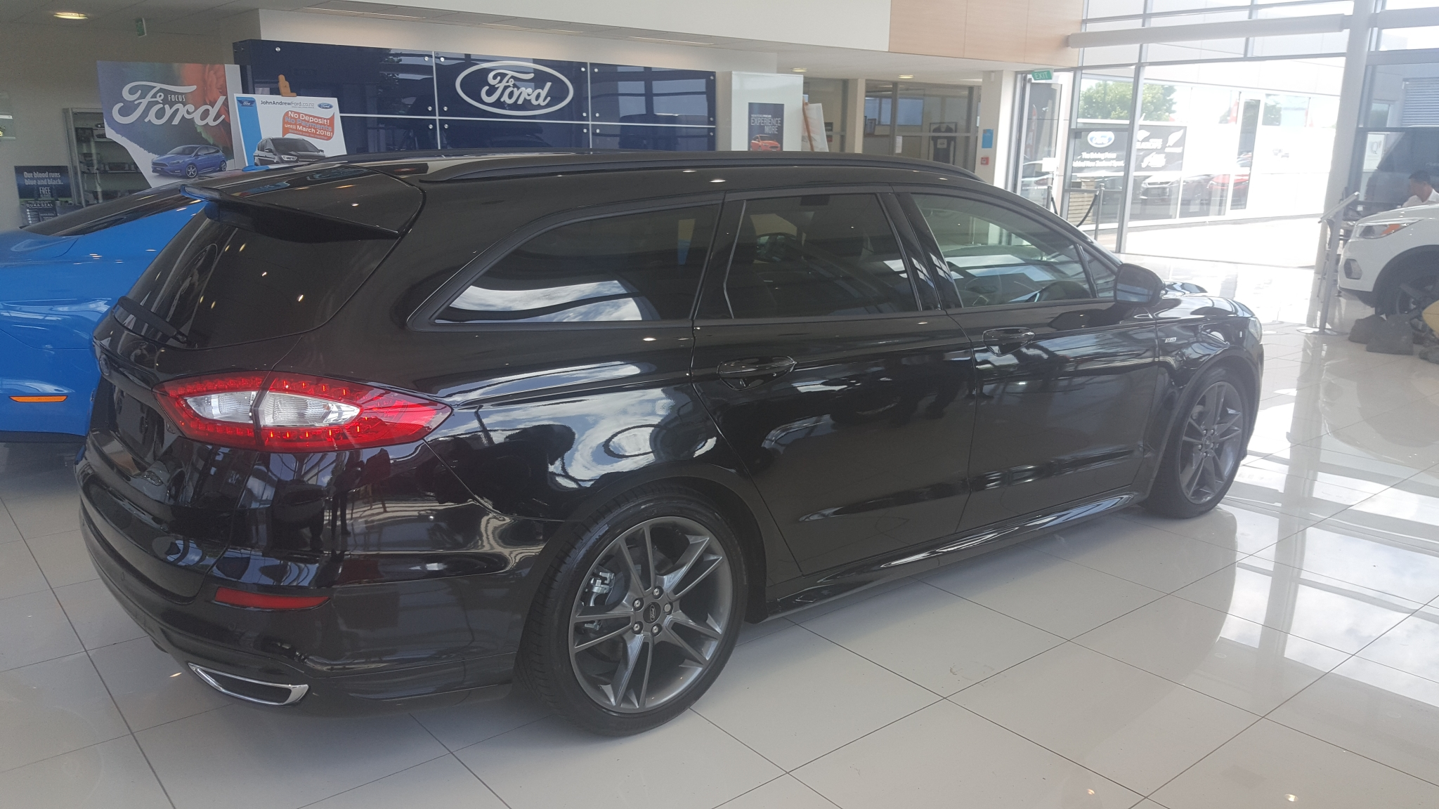 ford mondeo st line wagon diesel 2018 john andrew new used and demonstrators ford mazda. Black Bedroom Furniture Sets. Home Design Ideas