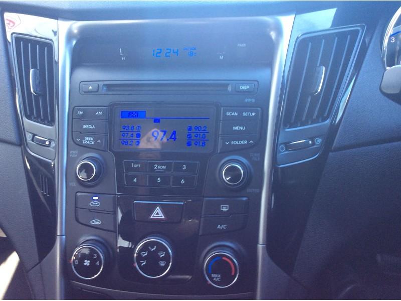 2013 Hyundai i45