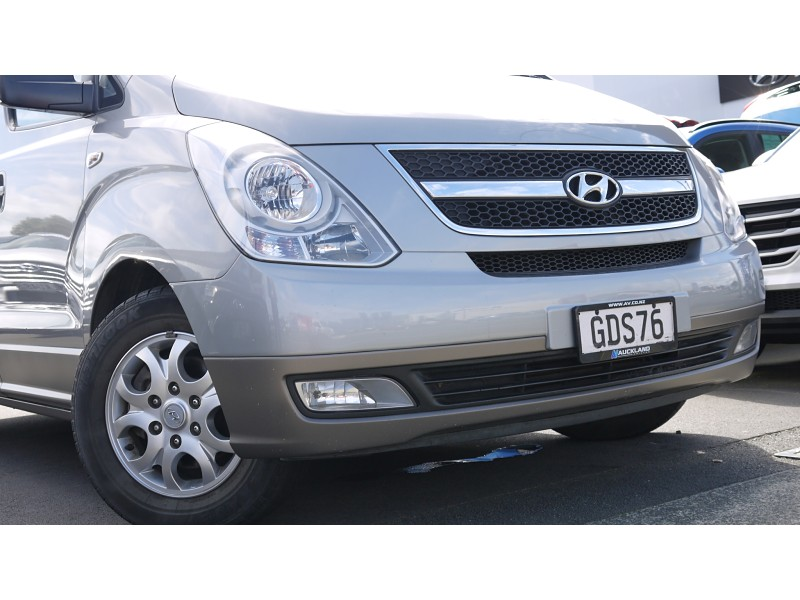2011 Hyundai H1