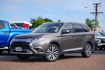 2019 Mitsubishi Outlander LS 2.4L 4wd 7str