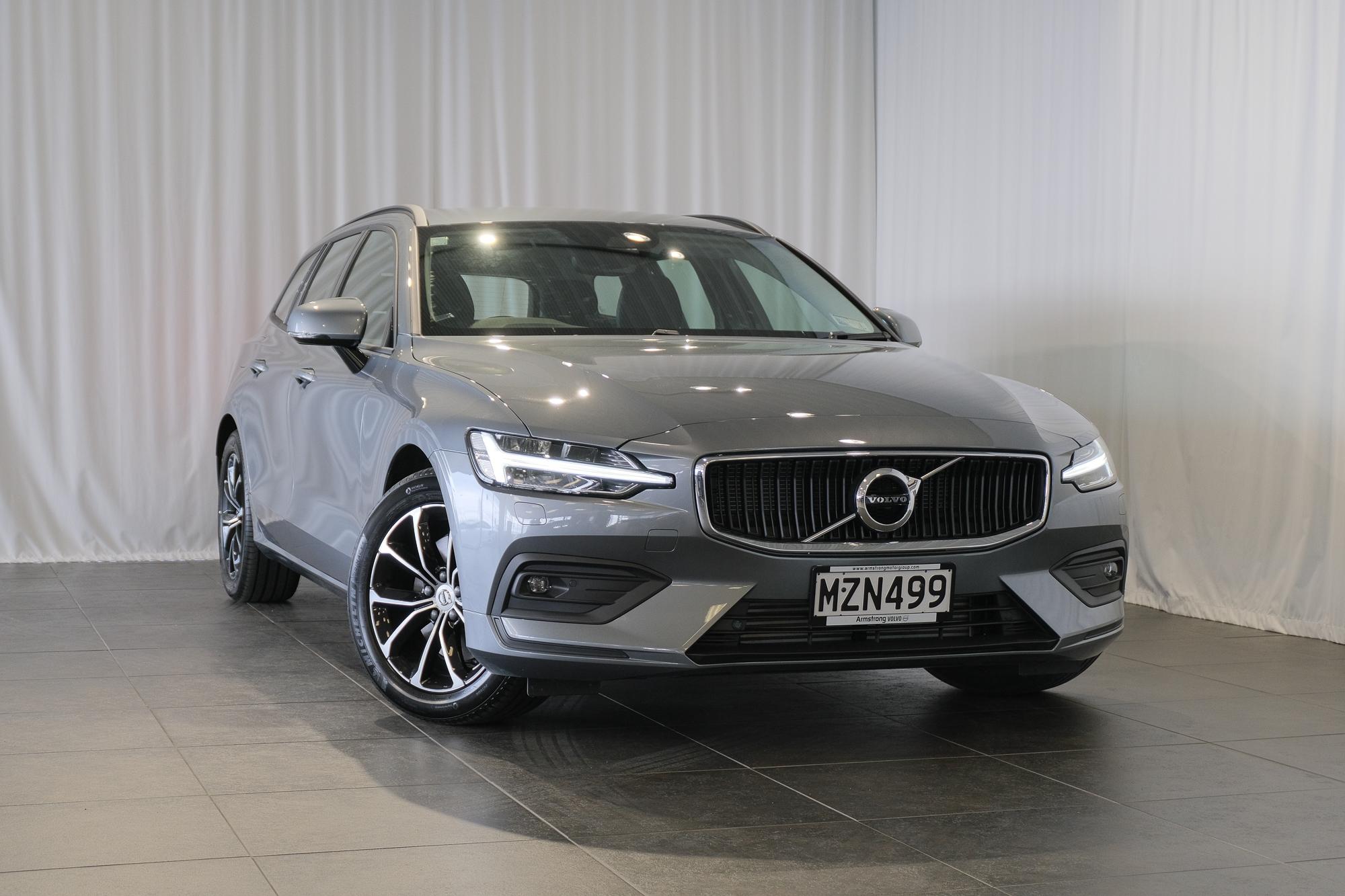 2020 Volvo V60 T5 AWD MOMENTUM 2.0 Petrol Turbo