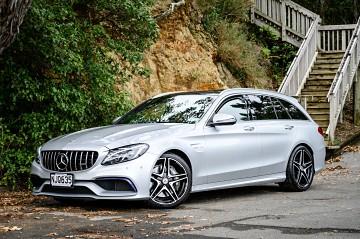 2015 Mercedes-Benz C 63 AMG Premium V8 Bi-turbo