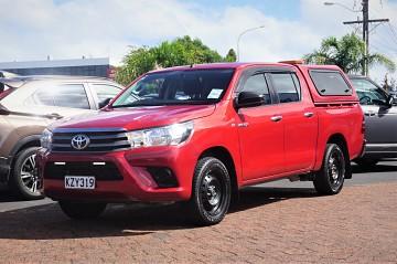 2017 Toyota Hilux S 2.8L TD 2wd Manual
