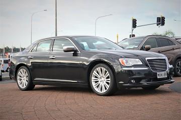 2014 Chrysler 300C Luxury
