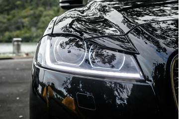 2018 Jaguar XF 25T 247hp Portfolio Sportswagon