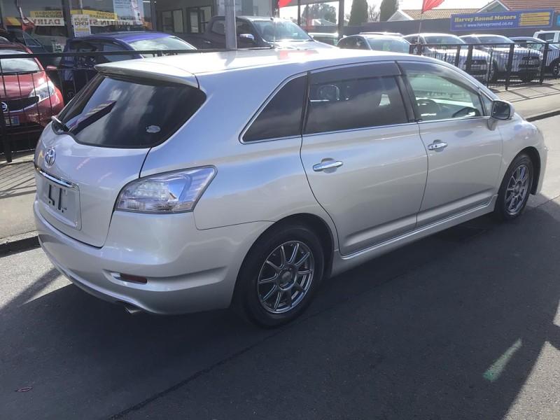 2010 Toyota Mark X Zio