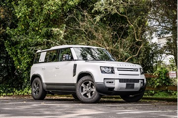 2021 Land Rover Defender 110 P300 - L663