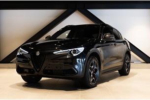 2021 Alfa Romeo Stelvio Veloce Carbon 2.0