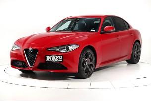2019 Alfa Romeo Giulia Super